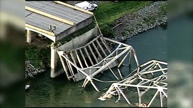 5310021-Raw-Video-Washington-State-Bridge-Collapse